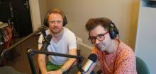 Piotr Olczyk i Janusz Mirowski w studio Radio WNET